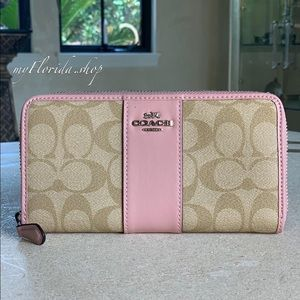 NWT❗️COACH wallet